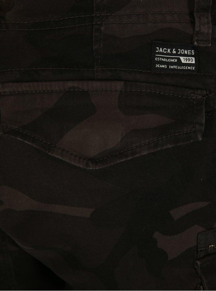 Tmavosivé maskáčové kraťasy Jack & Jones Chop