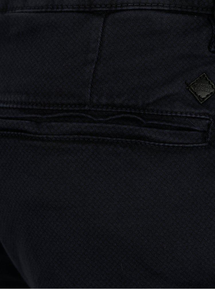 Tmavě modré vzorované slim fit kraťasy Casual Friday by Blend