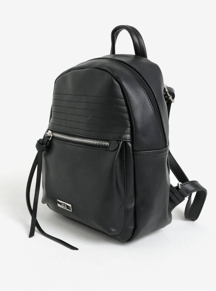 Černý koženkový batoh ZOOT