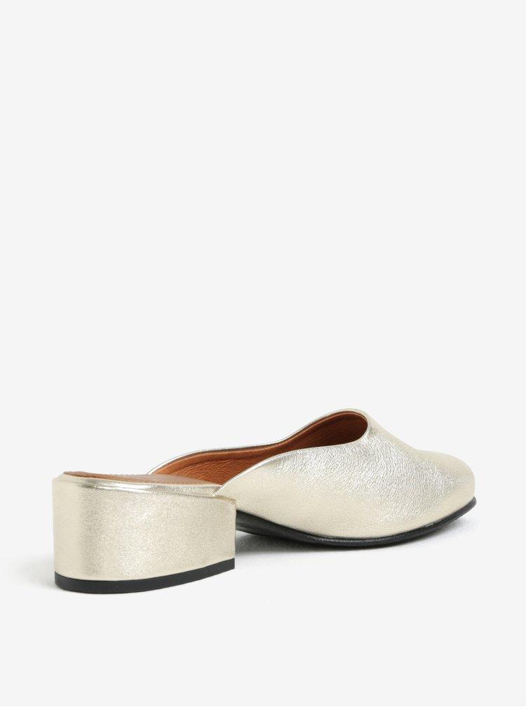 Kožené pantofle na podpatku ve zlaté barvě Selected Femme Sana