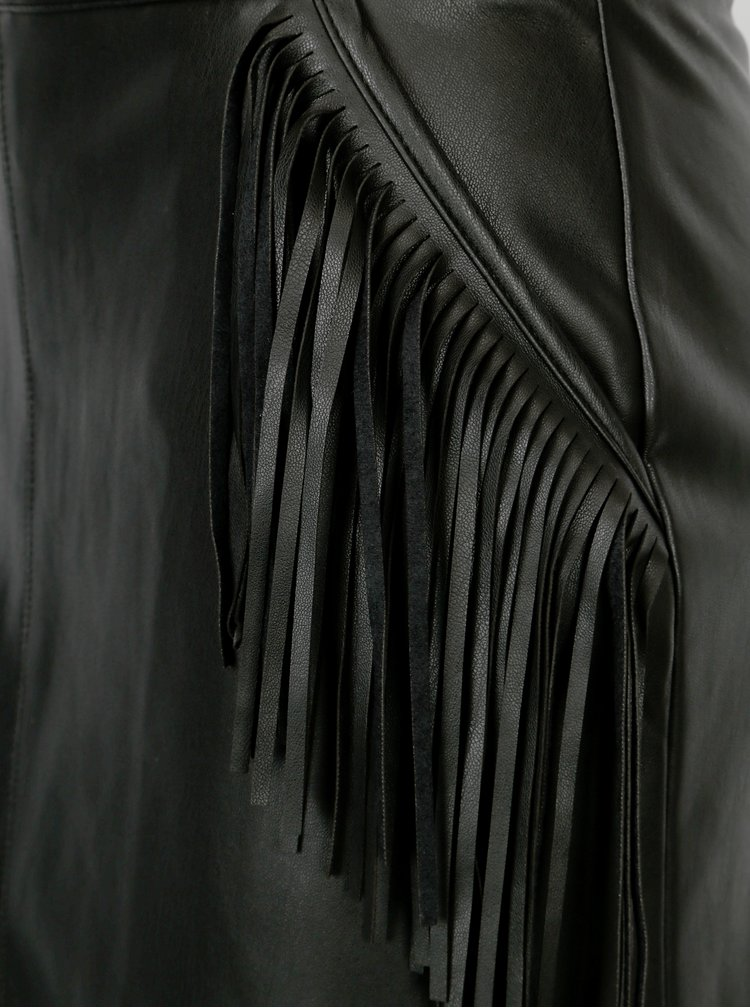 Fusta neagra cu franjuri si aspect de piele - Miss Selfridge