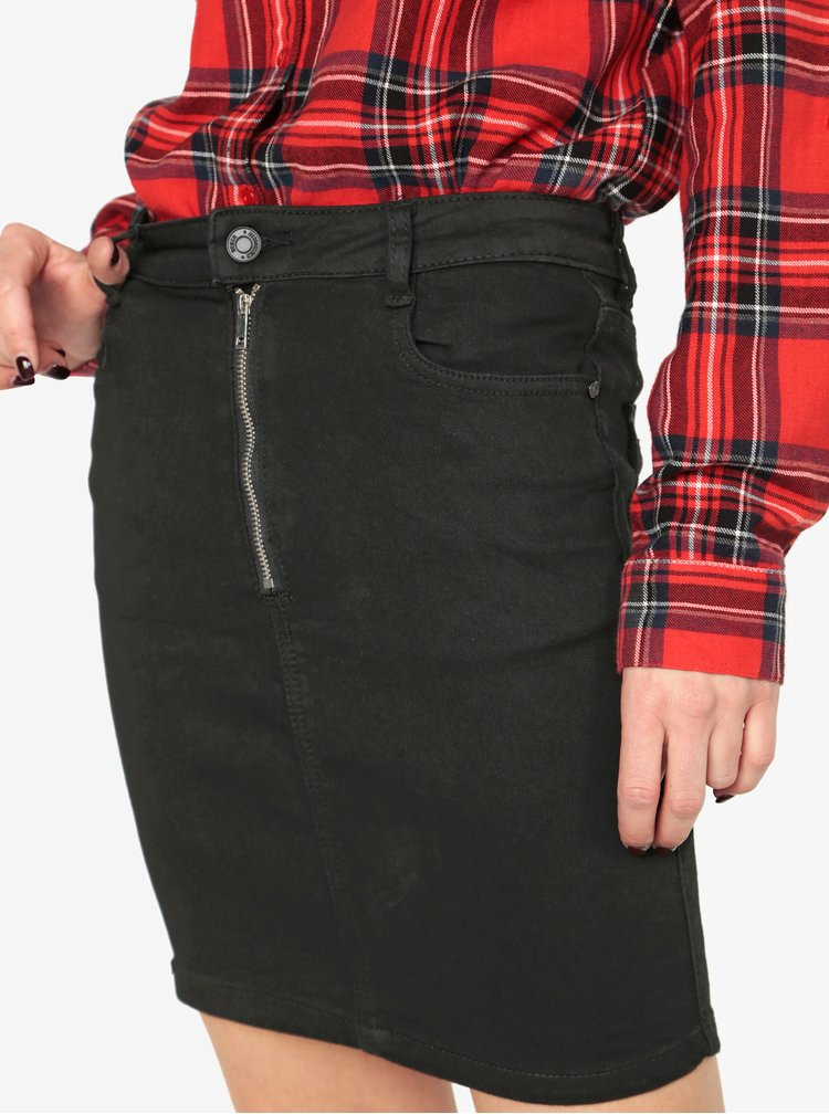 Čierna rifľová sukňa so zipsom MISSGUIDED