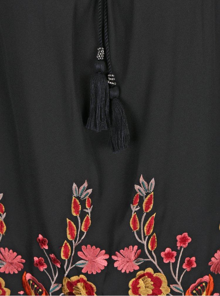 Černá halenka s květovanou výšivkou M&Co