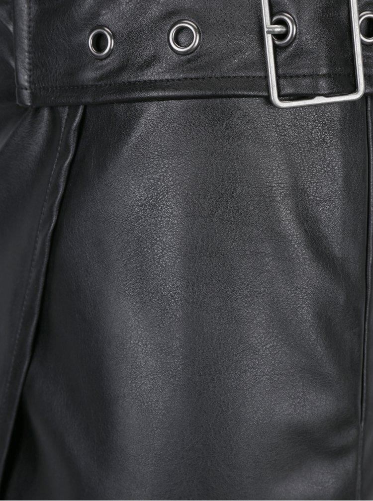 Černá koženková sukně s přezkou ONLY Fling
