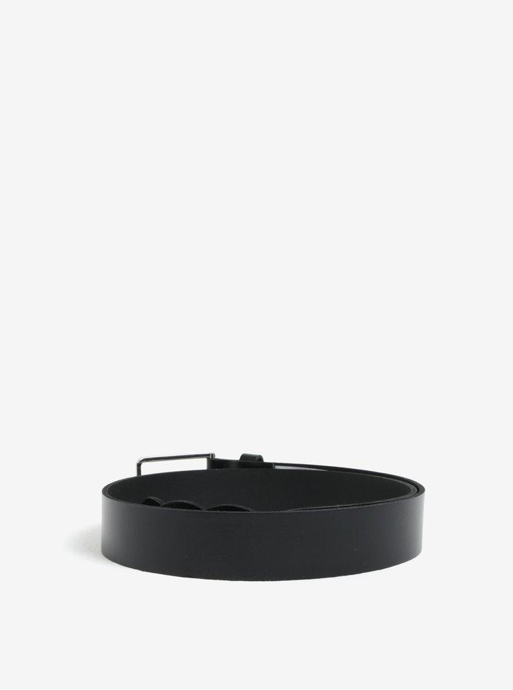 Černý kožený pásek Pieces Ginnifer