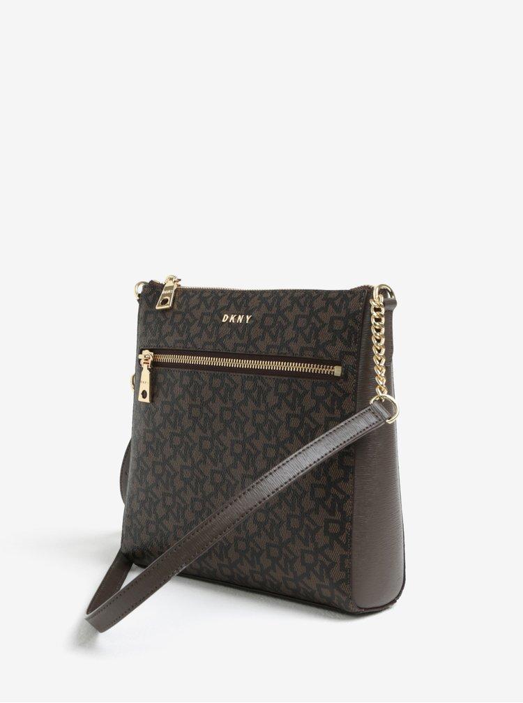 Hnědá vzorovaná crossbody kabelka s detaily ve zlaté barvě DKNY Bryant