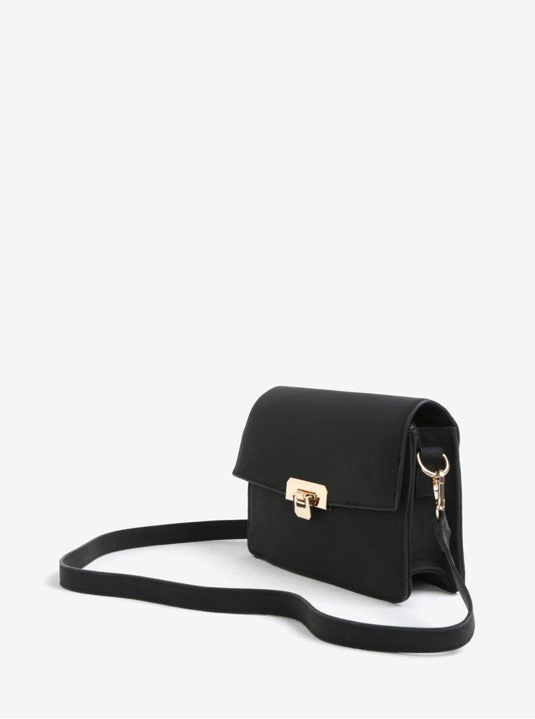 Černá crossbody kabelka s detaily ve zlaté barvě Pieces Ivanka