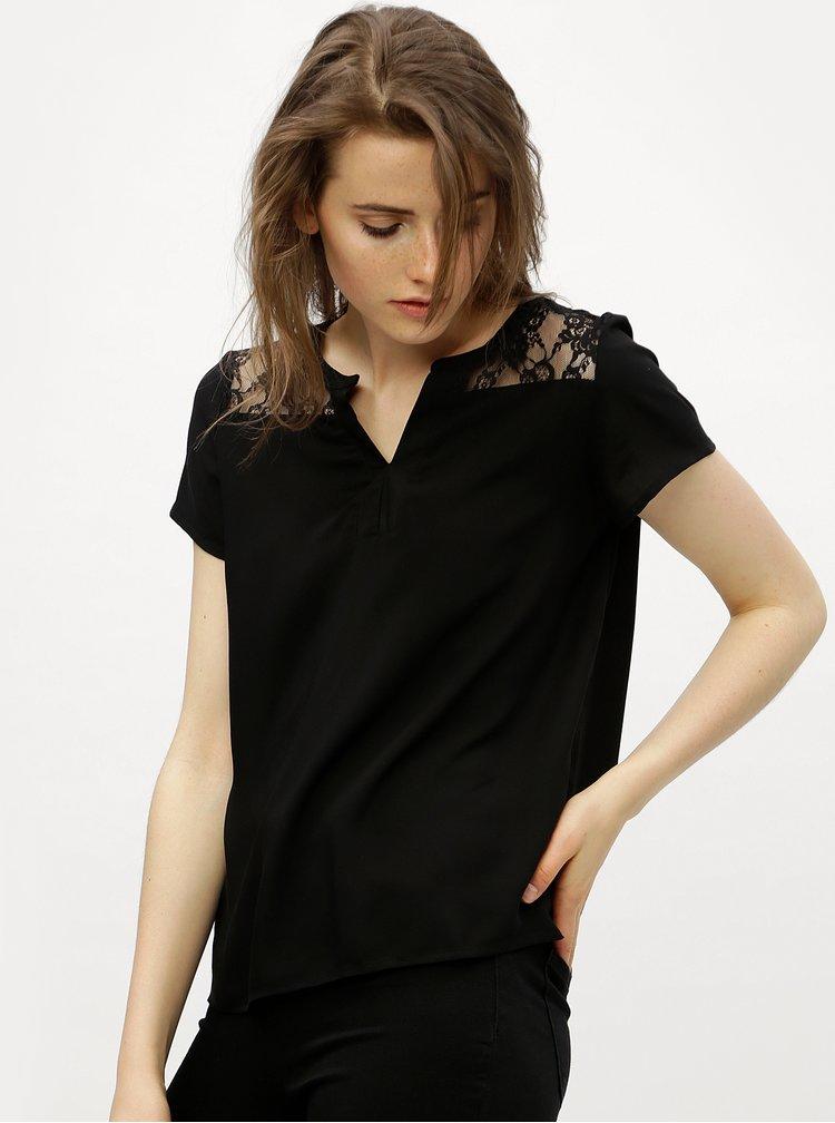 Černá halenka s krajkovými zády VERO MODA Abby