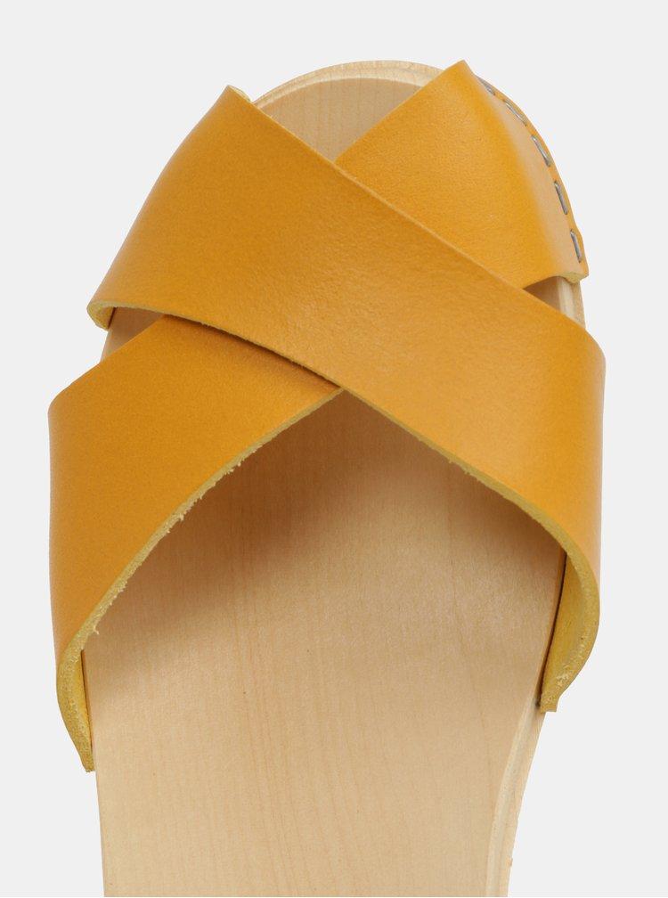 Dřeváky na podpatku s hořčicovými koženými pásky Swedish Hasbeens Mirja