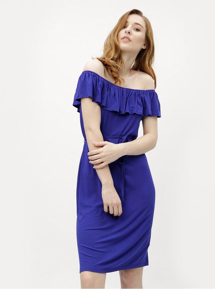 Modré šaty s volánem a odhalenými rameny M&Co