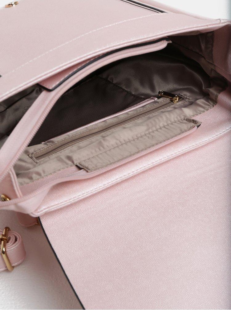 Světle růžový batoh Bessie London
