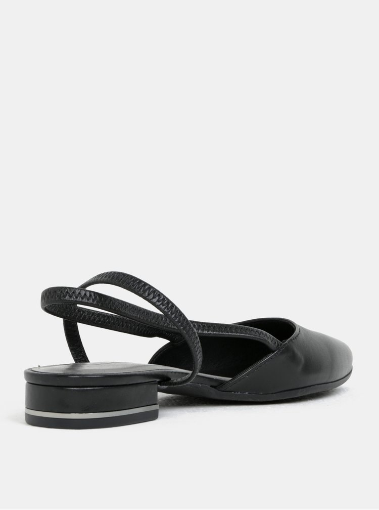 Černé kožené sandály s plnou špicí Tamaris