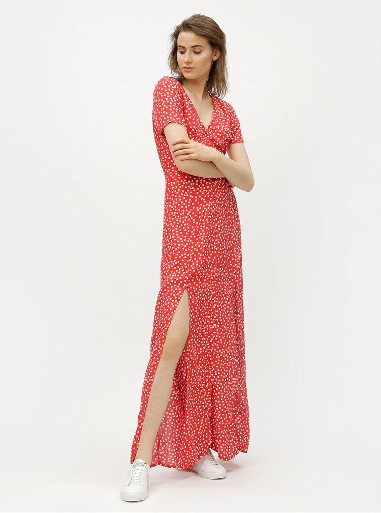 Bílo-červené puntíkované maxišaty Miss Selfridge