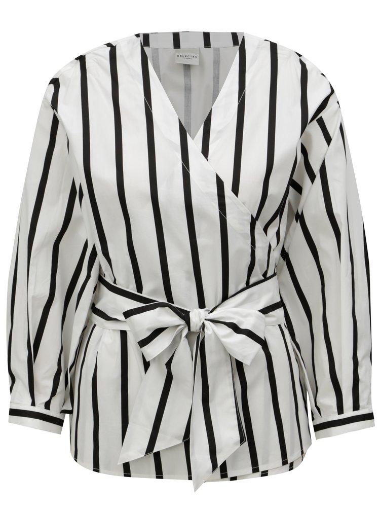 Černo-bílá pruhovaná zavinovací halenka Selected Femme Nadine