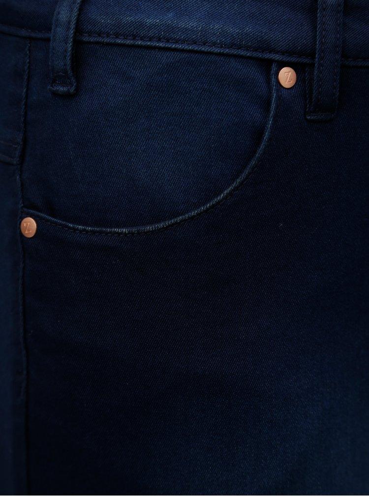 Tmavě modré džínové slim kraťasy Zizzi