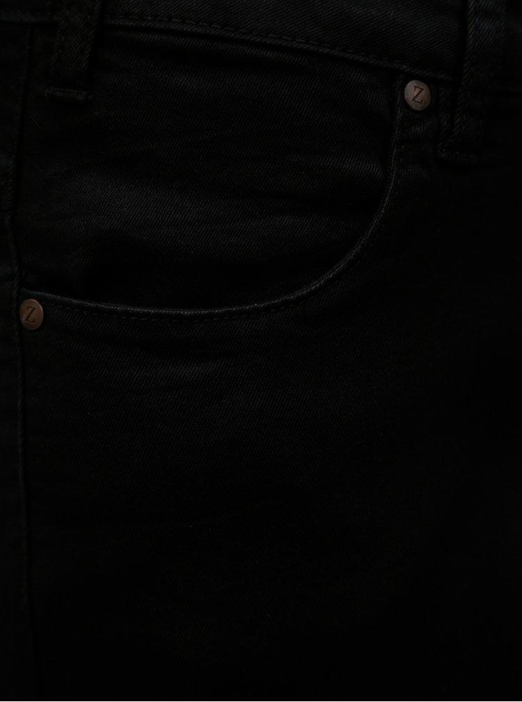 Černé džínové slim kraťasy Zizzi