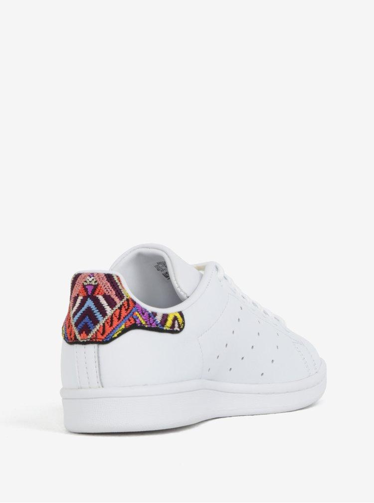 Bílé dámské kožené tenisky s vyšitým detailem adidas Originals Stan Smith