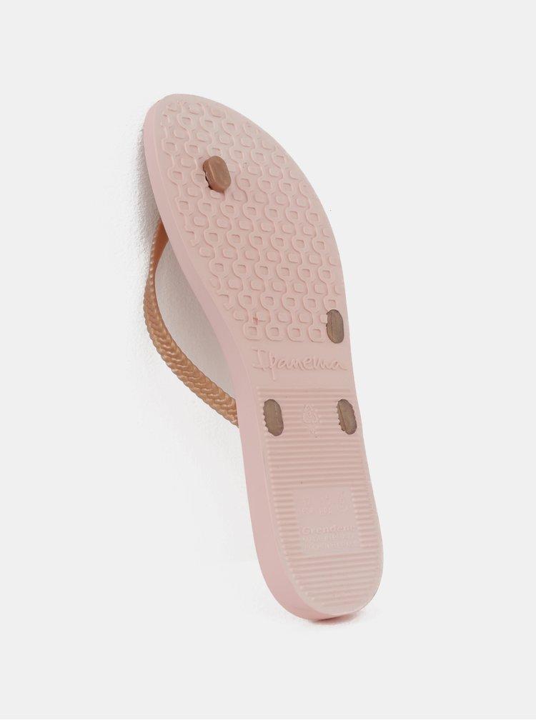 Světle růžové žabky Ipanema Bossa