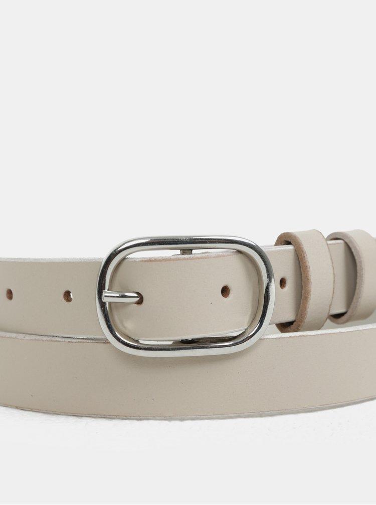 Béžový kožený pásek s přezkou ve stříbrné barvě Pieces Darci