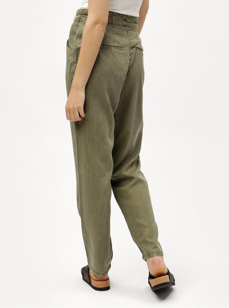 Kaki voľné nohavice so zaväzovaním VERO MODA Breeze