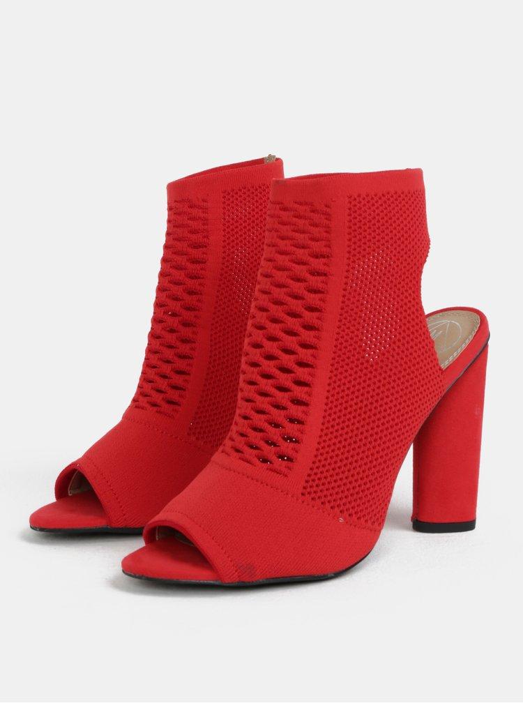 Červené sandálky na širokém podpatku MISSGUIDED