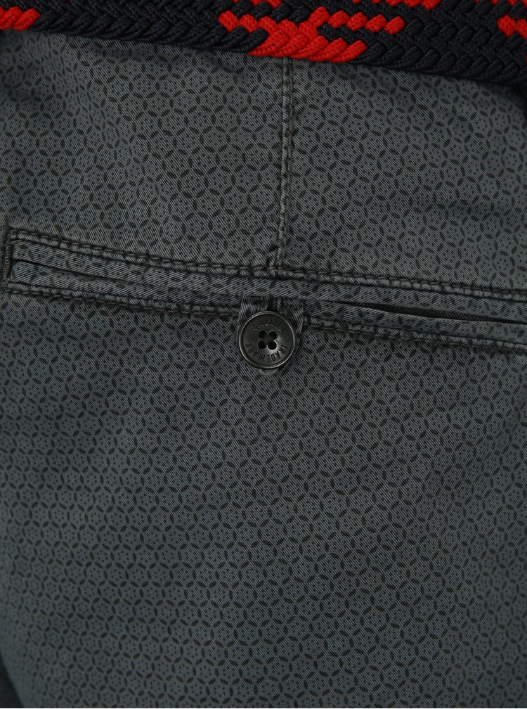 Šedé pánské vzorované loose fit kraťasy s páskem s.Oliver