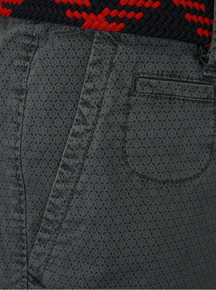 Sivé pánske vzorované loose fit kraťasy s opaskom s.Oliver