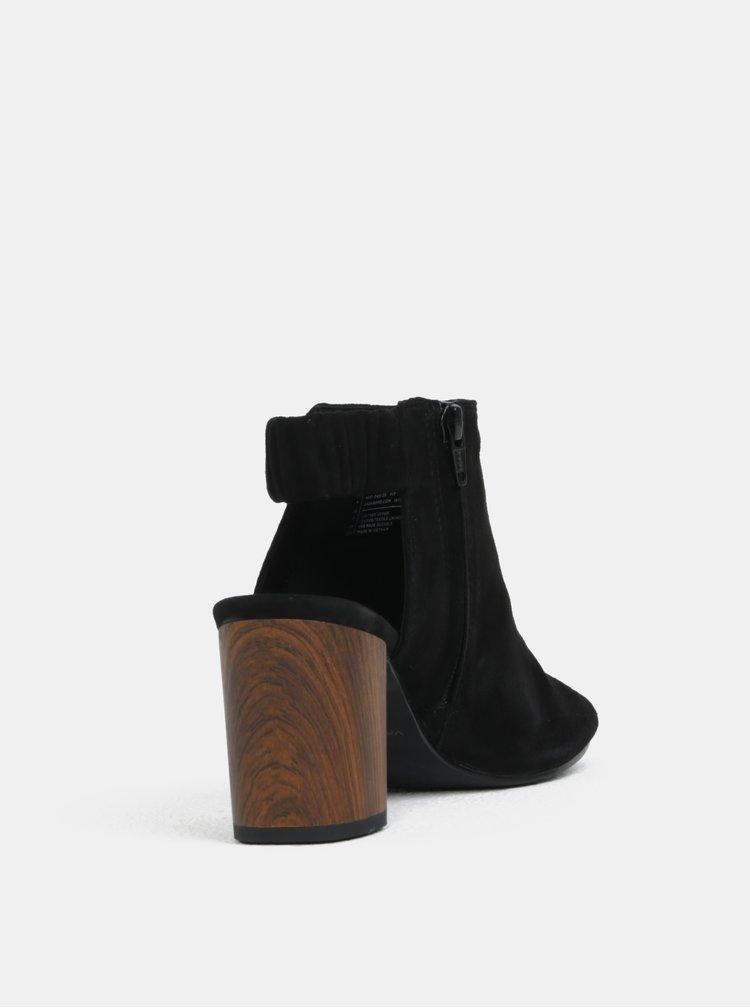 Černé dámské semišové sandákly na podpatku Vagabond Carol