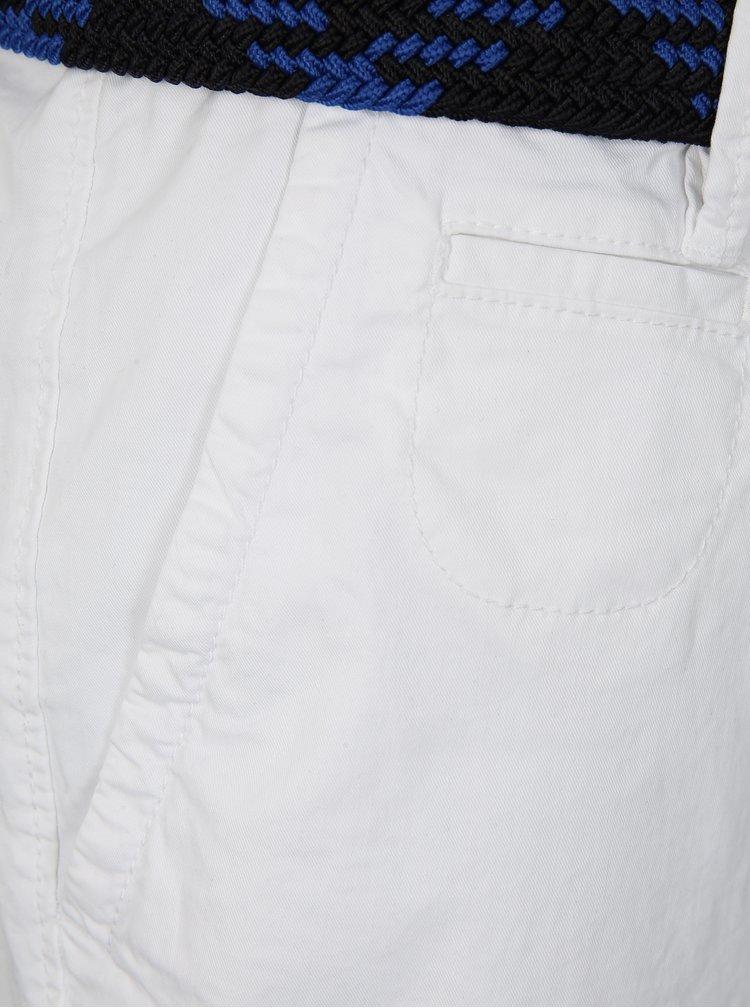 Bílé pánské loose fit kraťasy s páskem s.Oliver