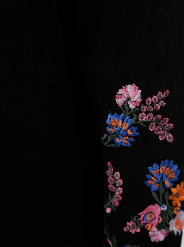 Černá mikina s vyšívanými květy na rukávech Noisy May Taddi