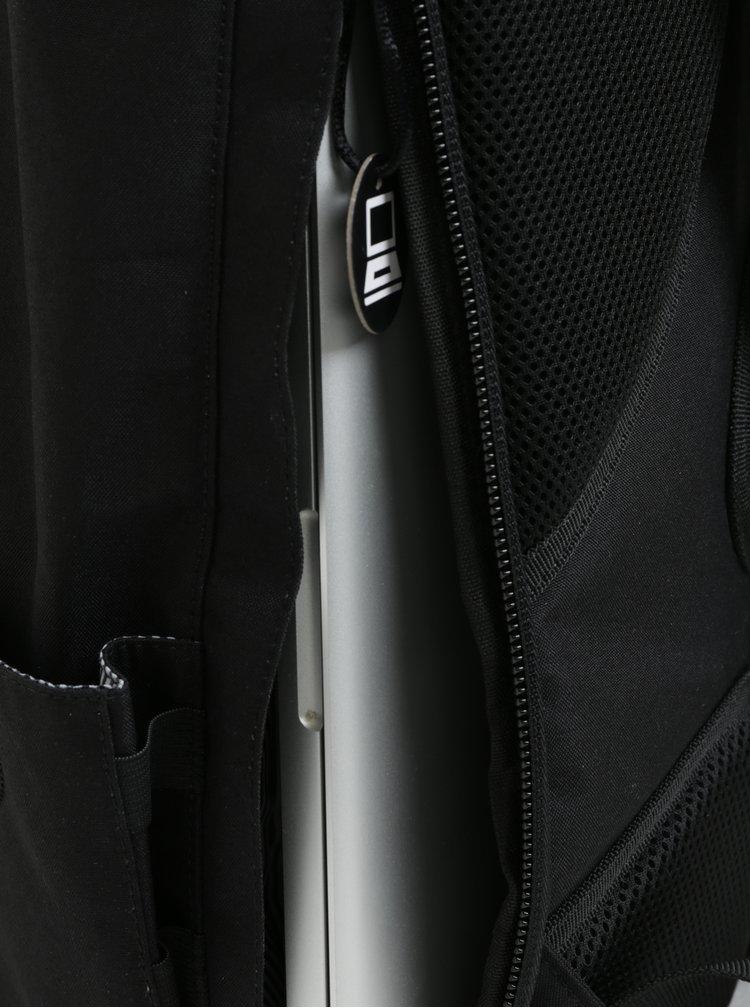 Černý unisex voděodolný batoh PKG
