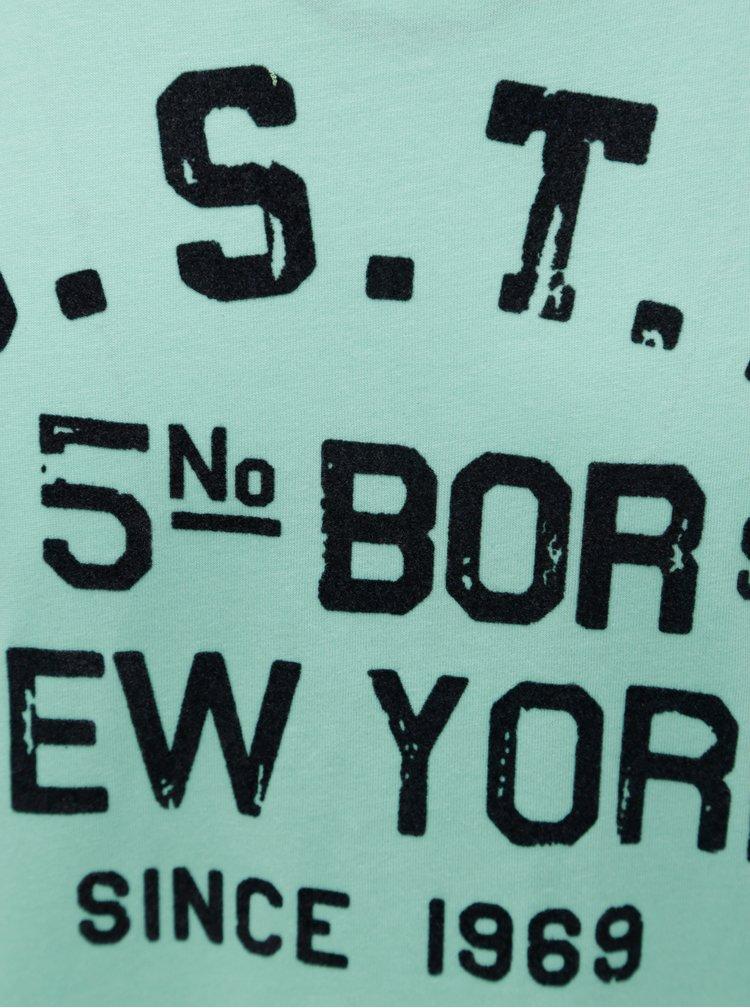 Svetlozelené pánske regular fit tričko so zamatovou potlačou s.Oliver