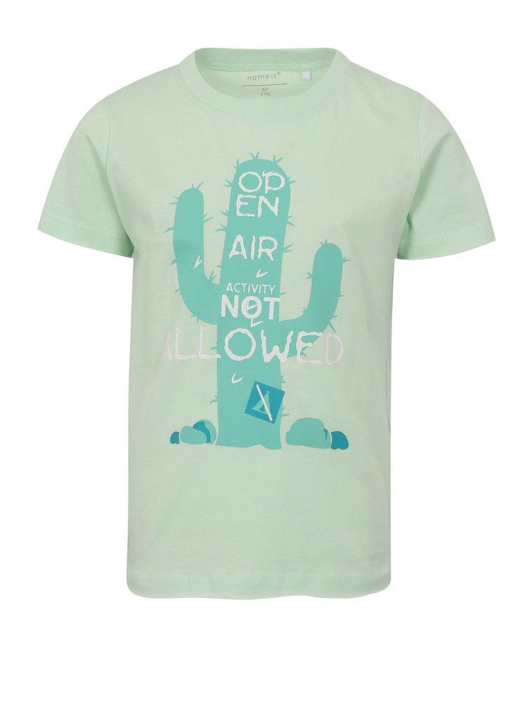 Světle zelené klučičí tričko s potiskem kaktusu name it Helm