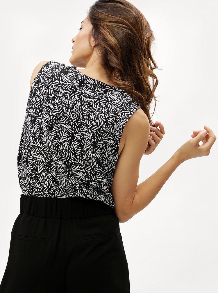 Bluza neagra cu model VERO MODA Mano