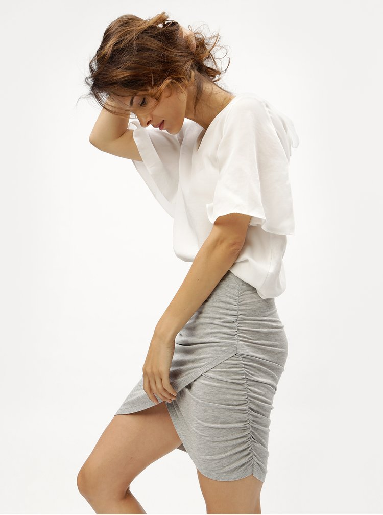 Světle šedá žíhaná sukně s řasením VERO MODA Denia