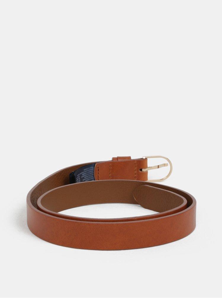 Hnědý dámský úzký kožený pásek Tommy Hilfiger