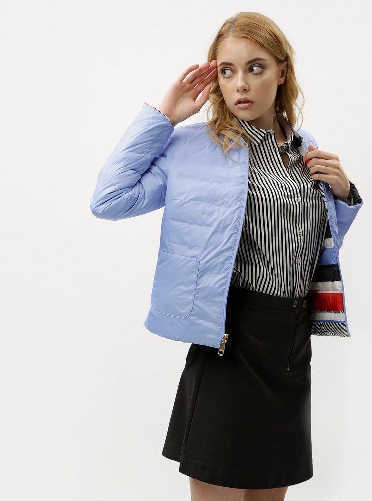 Červeno-modrá dámská voděodpudivá oboustranná péřová bunda Tommy Hilfiger
