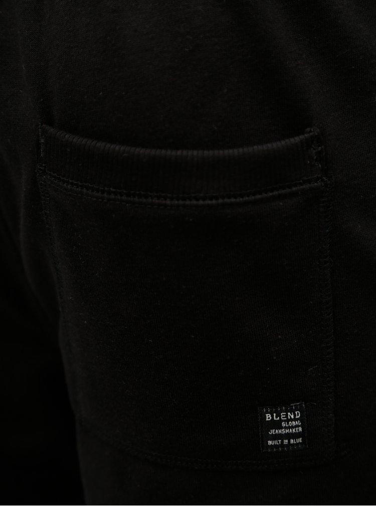Černé teplákové kraťasy Blend