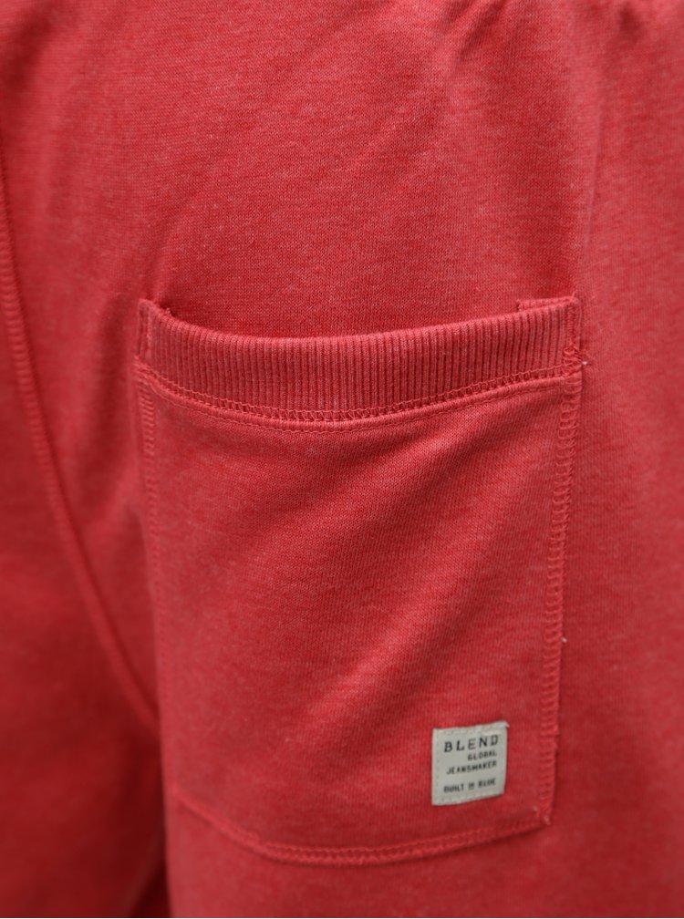 Červené teplákové kraťasy Blend