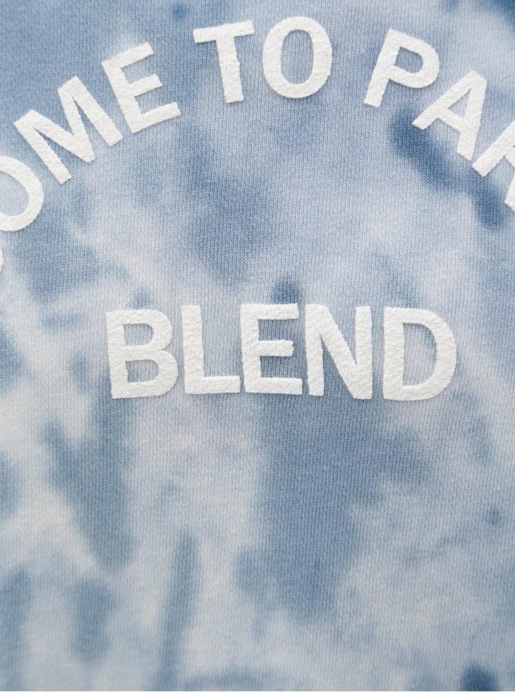 Modrá vzorovaná regular fit mikina s potiskem Blend