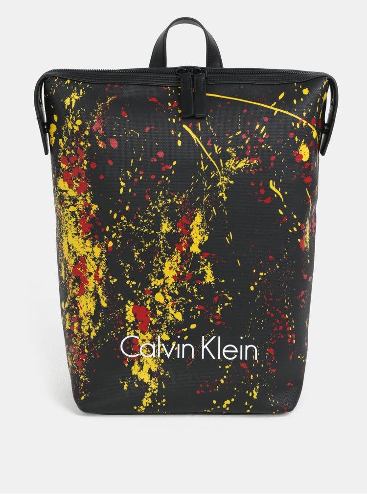 Černý vzorovaný batoh Calvin Klein Jeans