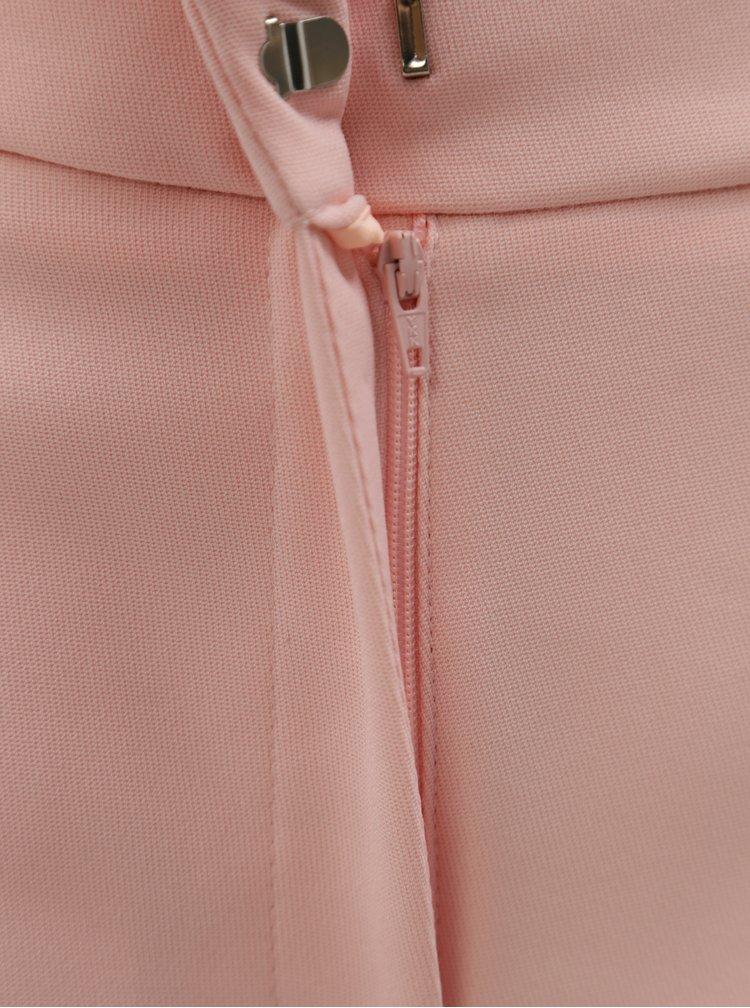 Světle růžové kraťasy s detaily ve stříbrné barvě Dorothy Perkins