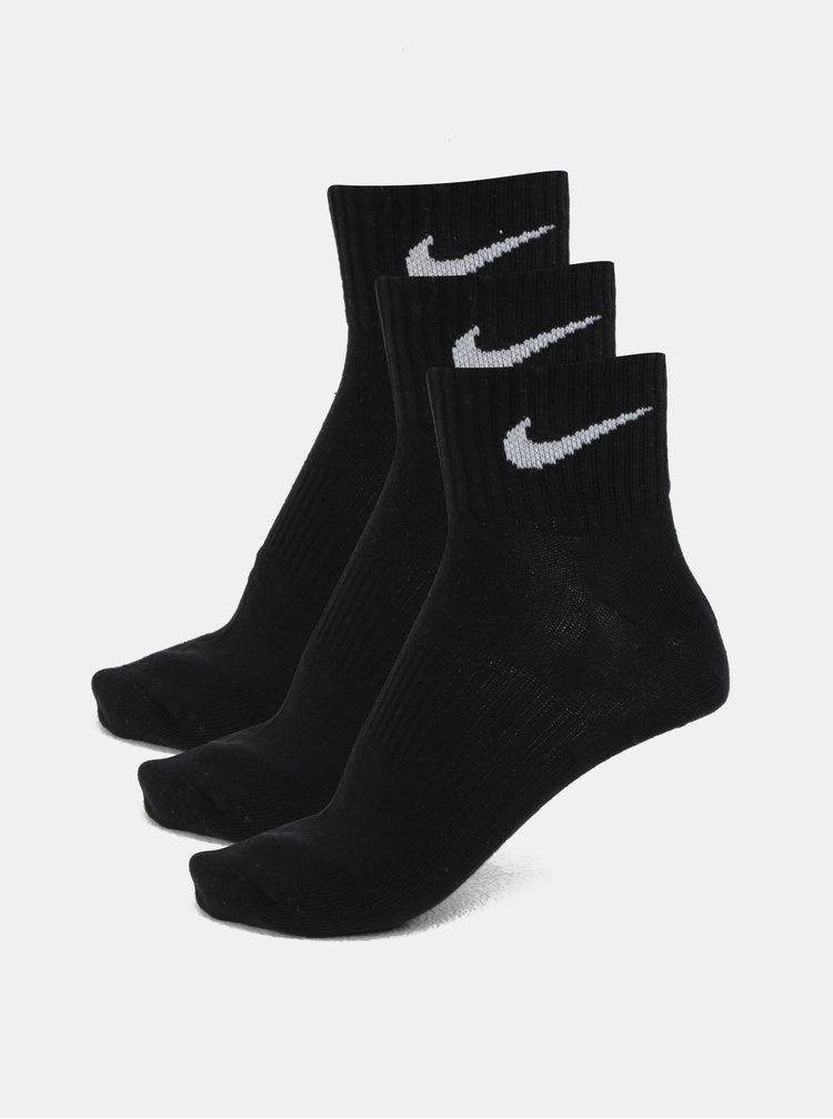 Sada tří kotníkových párů ponožek v černé barvě Nike