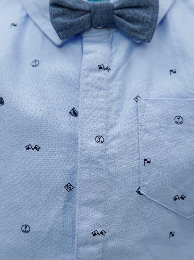 Modrá klučičí vzorovaná košile s motýlkem 5.10.15.