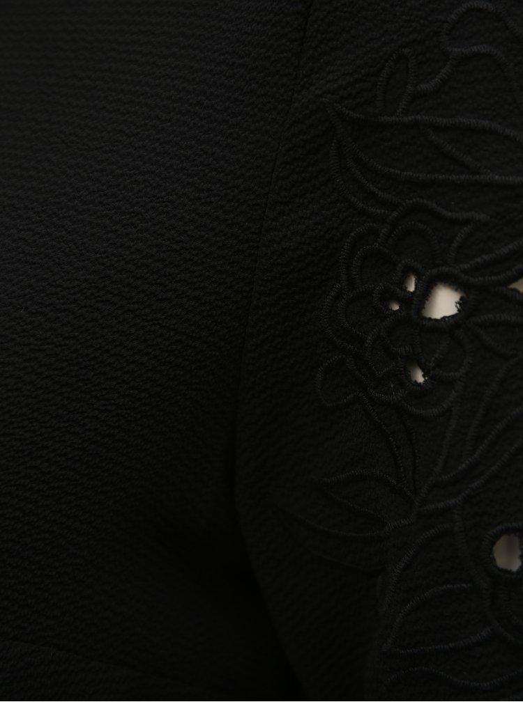 Černá halenka s výšivkou na rukávech Dorothy Perkins