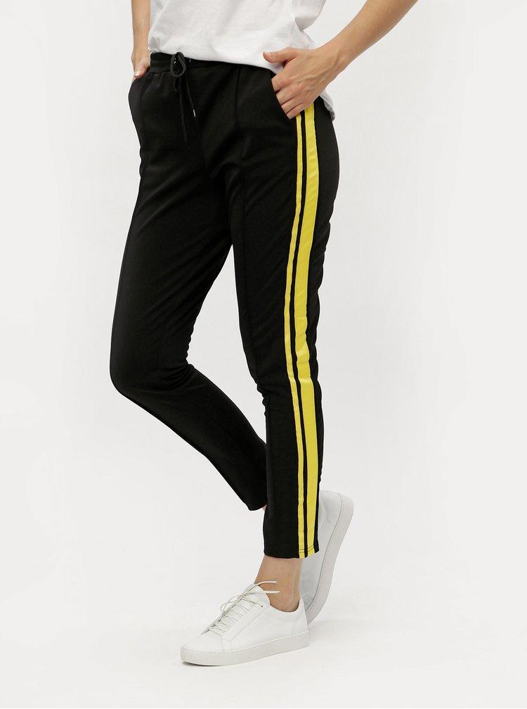 Černé kalhoty s pruhy MISSGUIDED