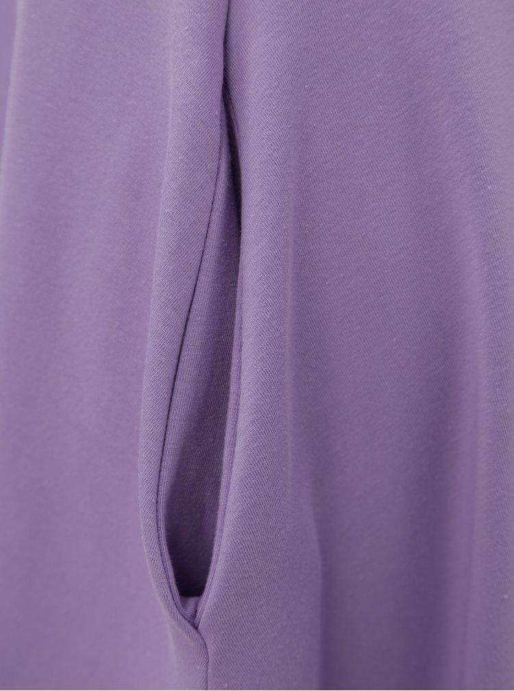 Fialové áčkové šaty s kapsami miestni