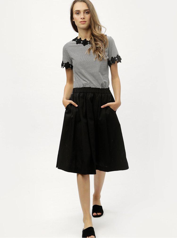 Bielo-čierne pruhované tričko s čipkovanými detailmi Dorothy Perkins