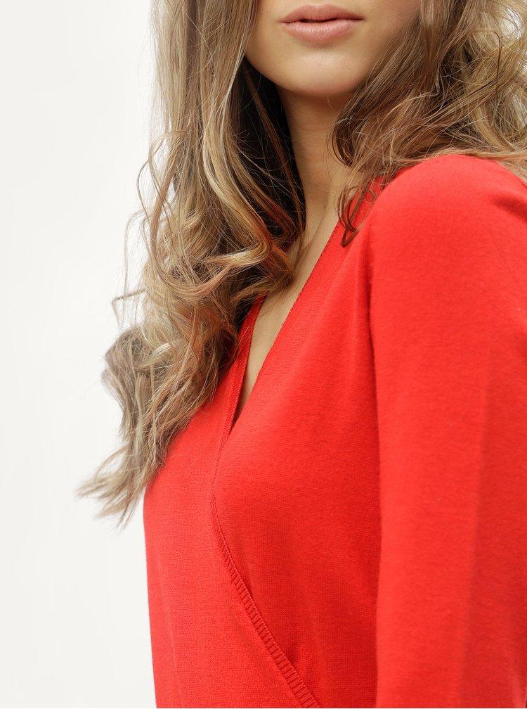 Červené svetrové šaty s překládaným výstřihem ONLY Elsa