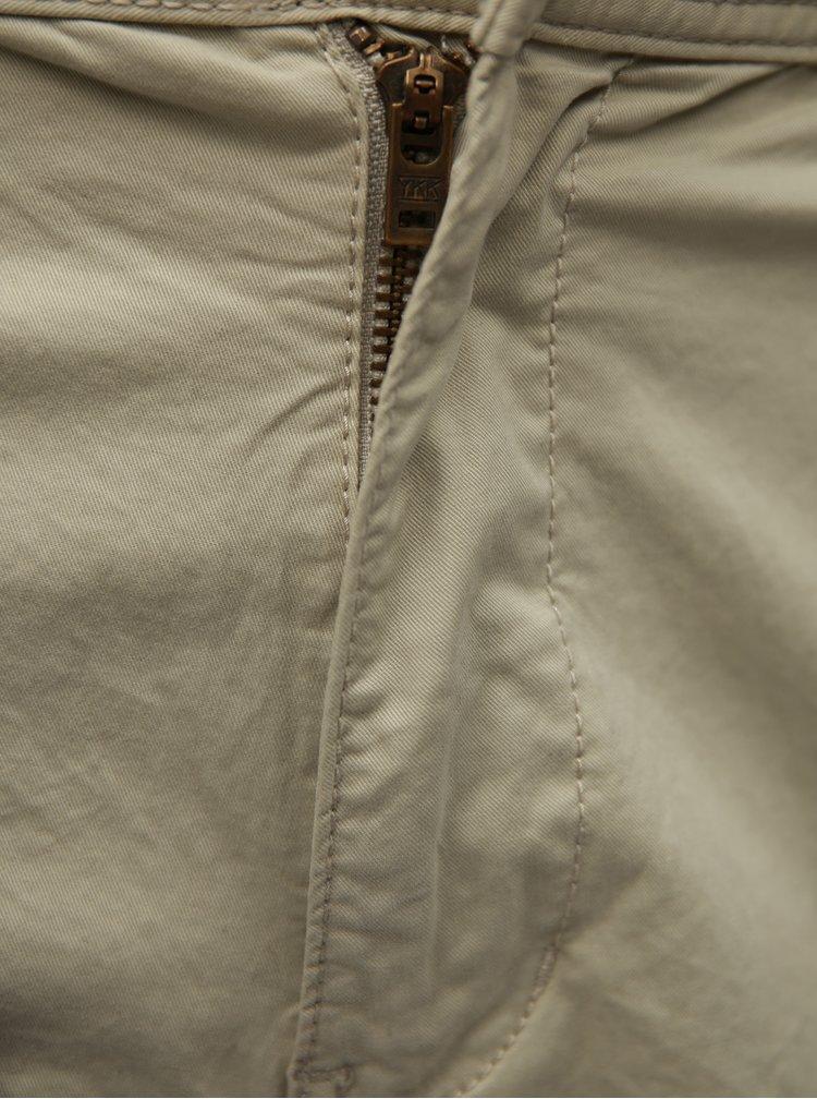 Pantaloni barbatesti scurti bej chino cu curea albastra s.Oliver